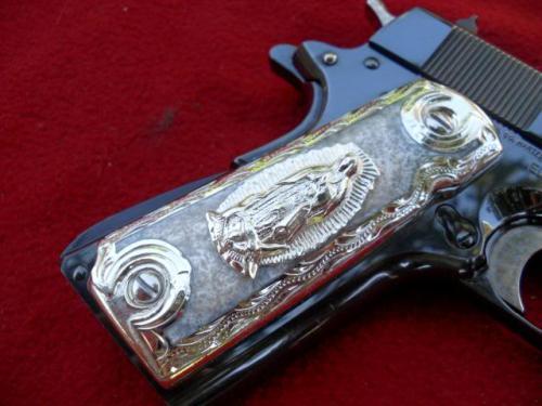 madonna sulla pistola