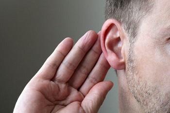ascoltare-senza-dare-per-forza-consigli